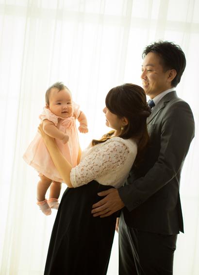 百日記念の家族写真